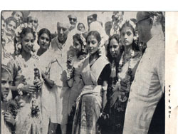 Pushpa{second from left}Pt. Nehru, Sheela {fourth from right}